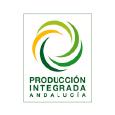 Nuestros sistemas de producción olivarera garantizan una agricultura sostenible, con métodos de control rigurosos de químicos y métodos biológicos.